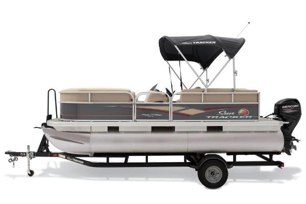 2019 Sun Tracker boat for sale, model of the boat is Party Barge 18 DLX & Image # 19 of 23
