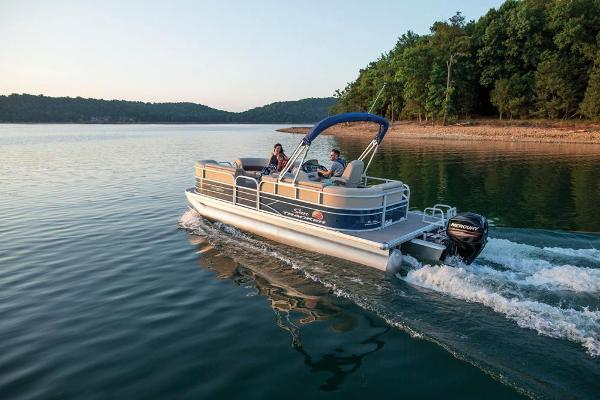 2019 Sun Tracker boat for sale, model of the boat is Party Barge 20 DLX & Image # 2 of 19