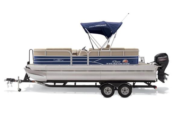 2019 Sun Tracker boat for sale, model of the boat is Party Barge 20 DLX & Image # 18 of 19