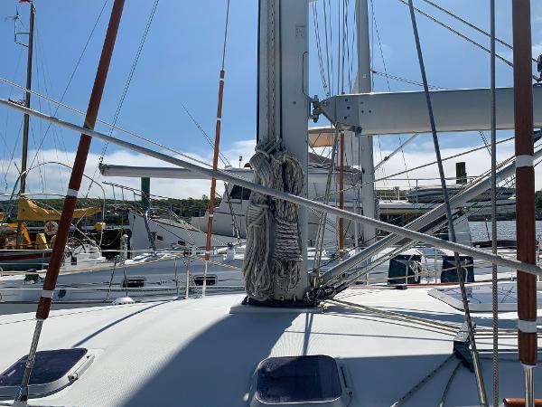 Jeanneau 45.2 BoatsalesListing Sell