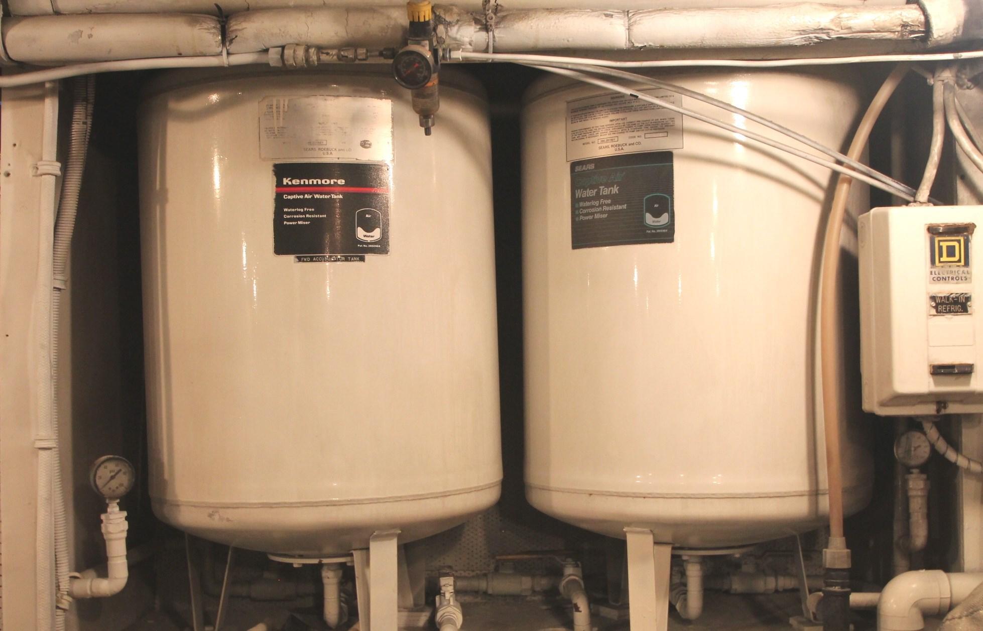 Water Accumulator Tanks