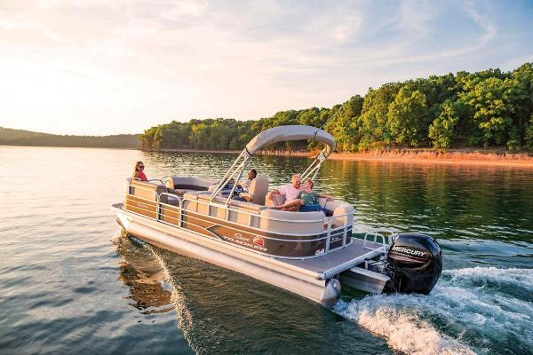 2019 Sun Tracker boat for sale, model of the boat is Party Barge 22 DLX & Image # 4 of 26