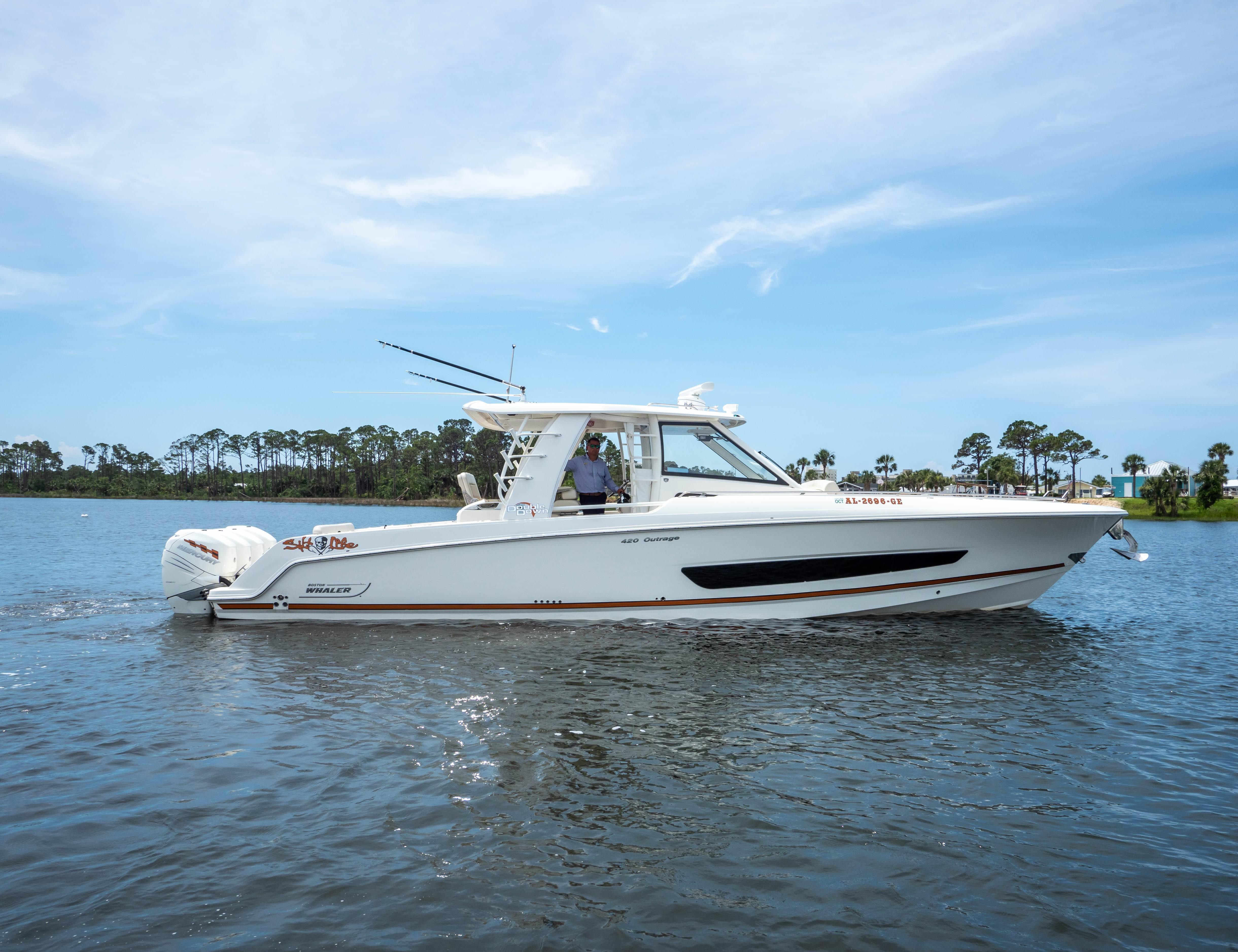 42 Boston Whaler 2018 Panama City | Denison Yacht Sales