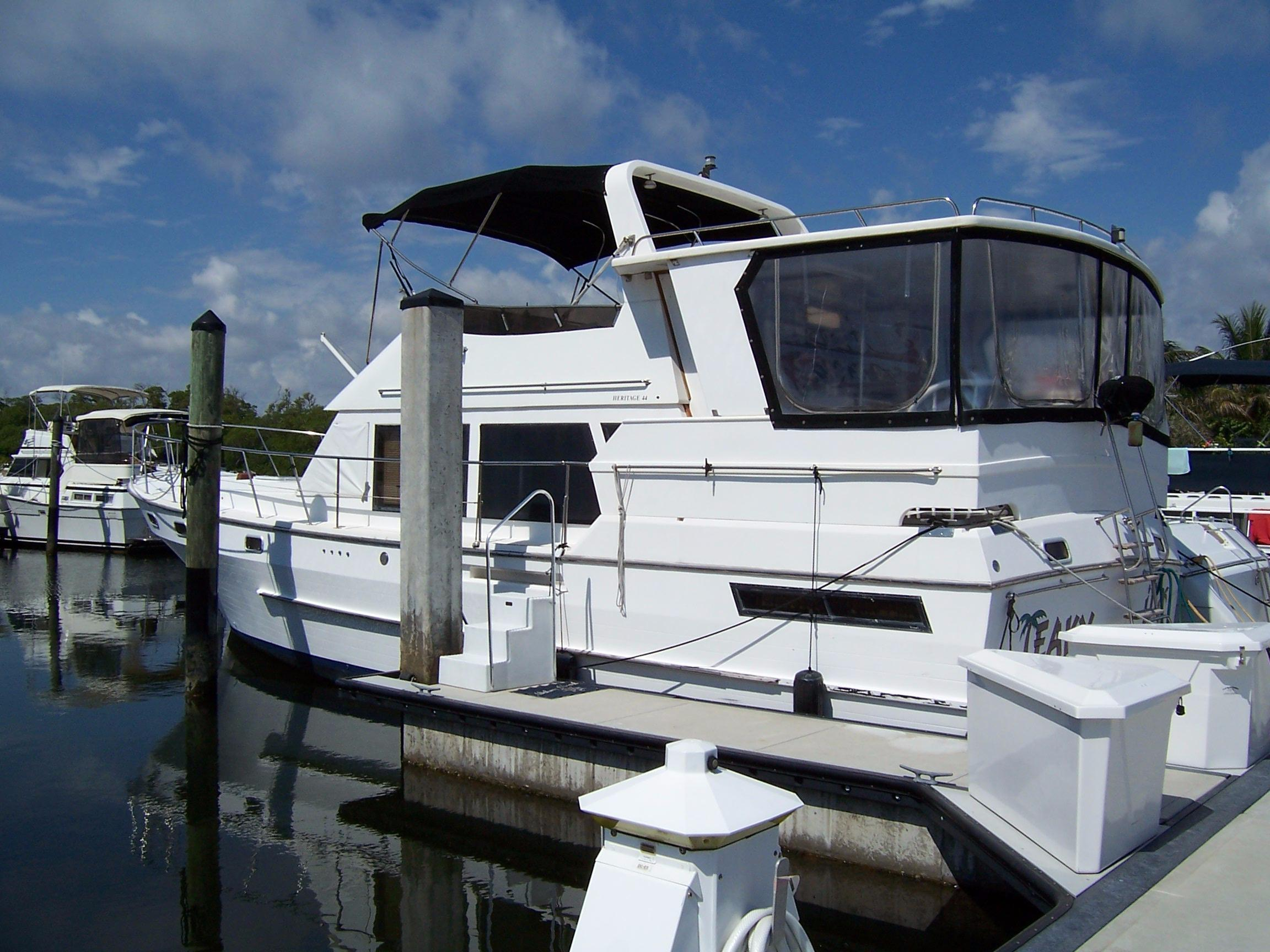 44' Heritage Nova 1989 Sundeck Trawler