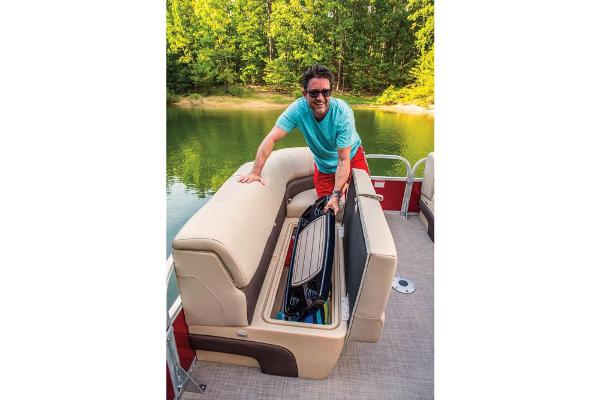 2019 Sun Tracker boat for sale, model of the boat is Party Barge 22 XP3 & Image # 6 of 15
