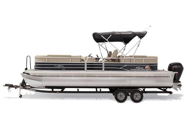 2019 Sun Tracker boat for sale, model of the boat is Party Barge 24 XP3 & Image # 6 of 21