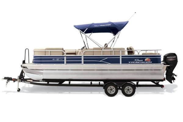 2019 Sun Tracker boat for sale, model of the boat is SportFish 22 DLX & Image # 1 of 19