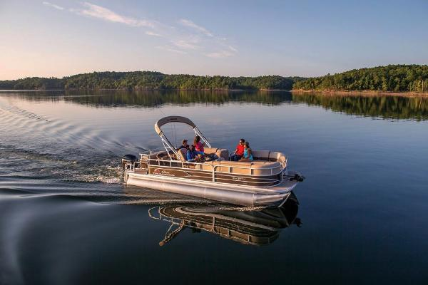2019 Sun Tracker boat for sale, model of the boat is SportFish 22 XP3 & Image # 8 of 31
