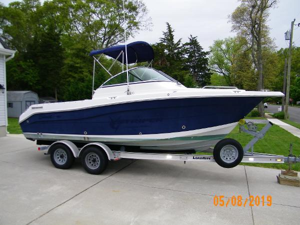 2005 SEASWIRL 2101 DC for sale