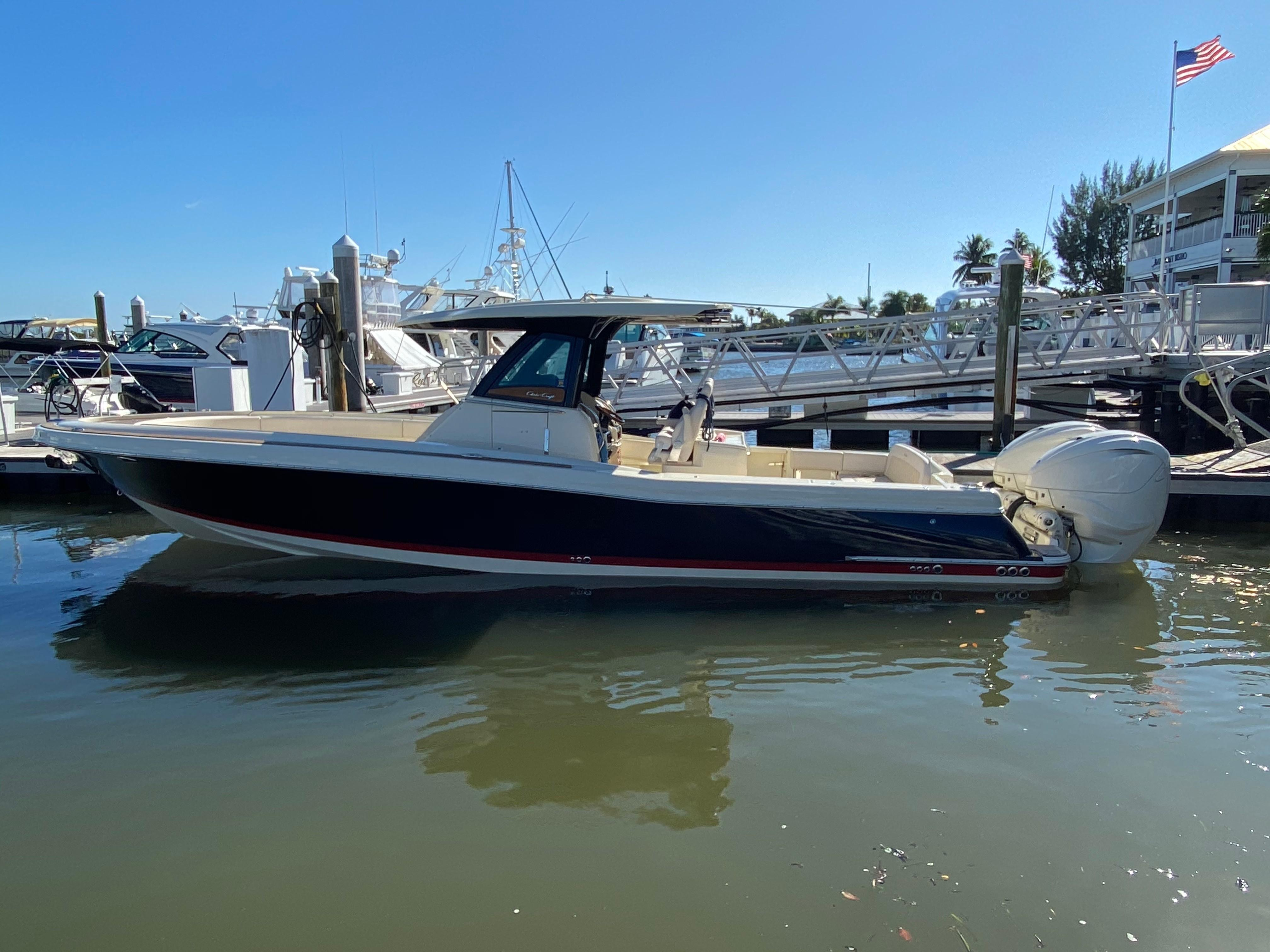 34 Chris Craft 2020 Fort Myers Beach Denison Yacht Sales