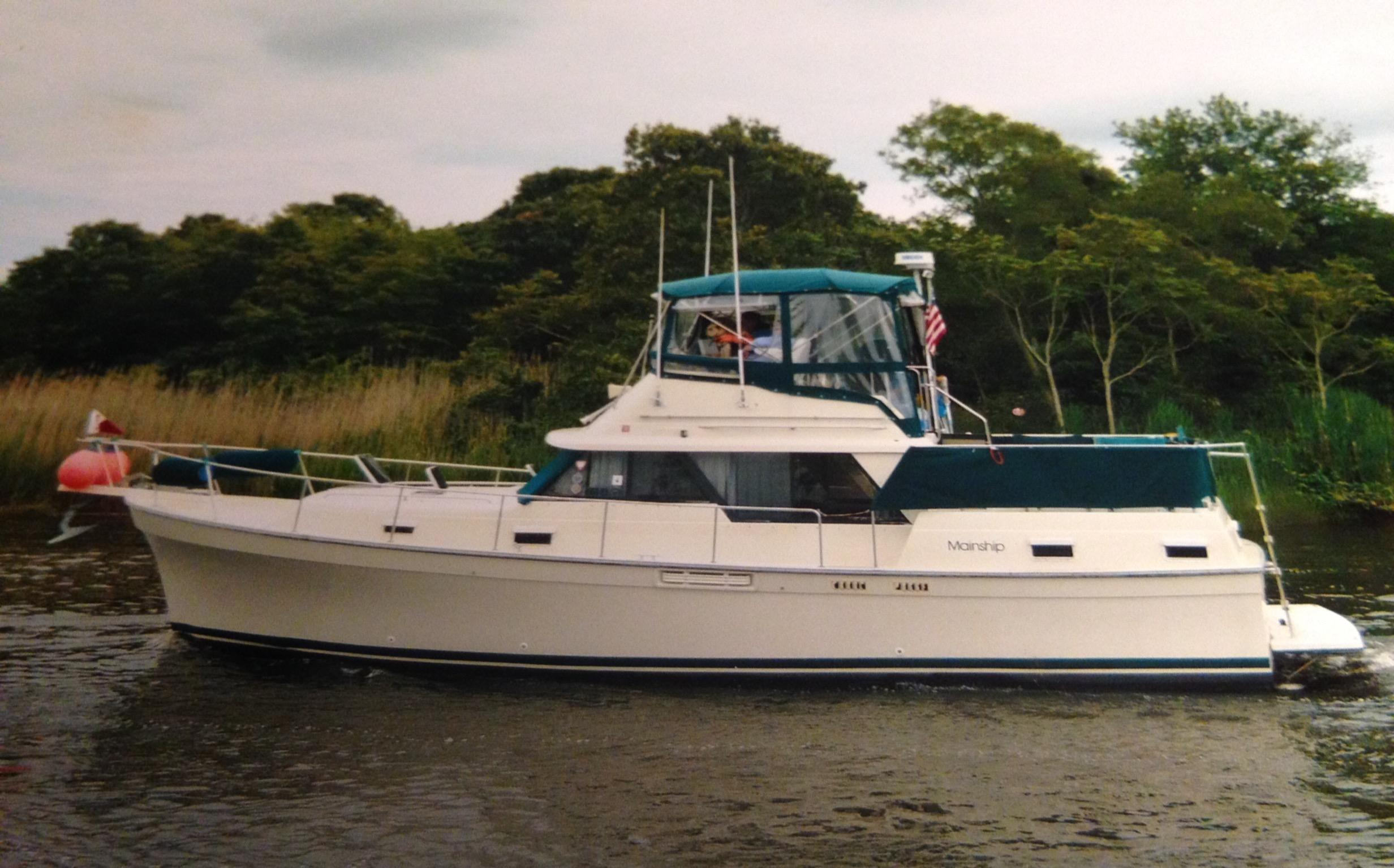 1987 Mainship 36 Double Cabin