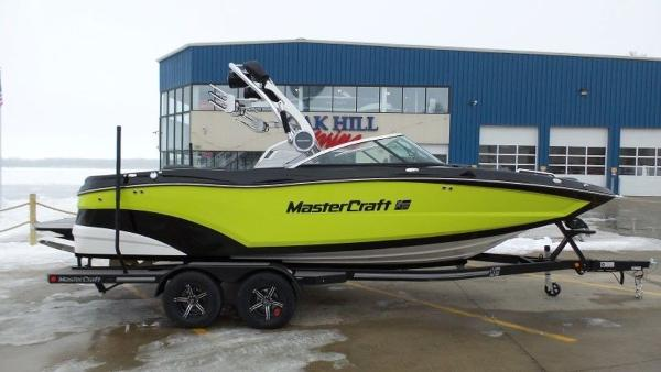 2020 MASTERCRAFT XT22 for sale