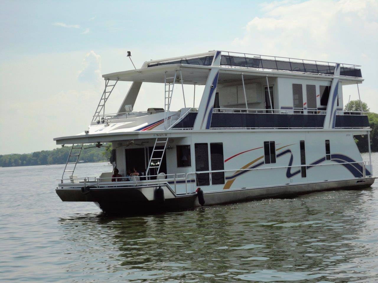 Fantasy 17 X 64 Custom Houseboat