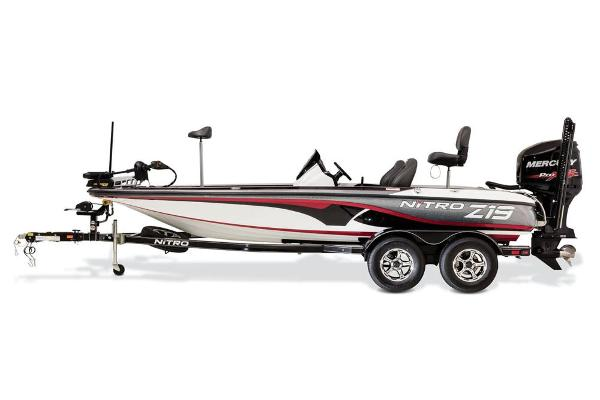 2017 Nitro boat for sale, model of the boat is Z19 Z-PRO High Performance Package & Image # 3 of 20