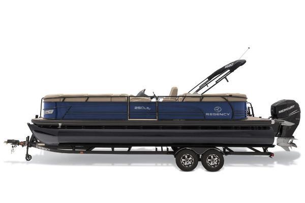 2019 Regency boat for sale, model of the boat is 250 LE3 & Image # 11 of 16