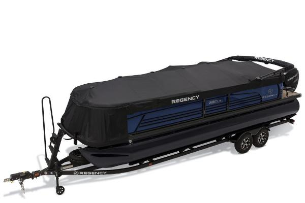 2019 Regency boat for sale, model of the boat is 250 LE3 & Image # 13 of 16