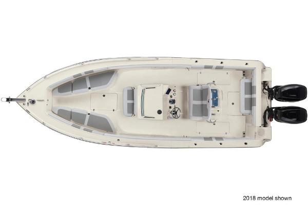 2019 Mako boat for sale, model of the boat is 284 CC & Image # 15 of 16