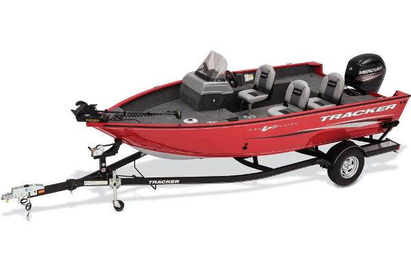 For Sale: 2017 Tracker Boats Pro Guide V-175 Sc 16.92ft<br/>George's Marine and Sports - Eganville - A Division of Pride Marine