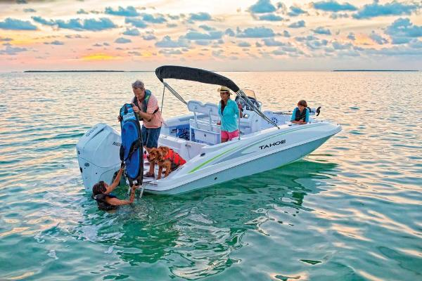 2019 Tahoe boat for sale, model of the boat is 2150 CC & Image # 5 of 33