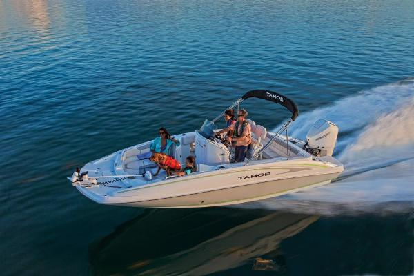 2019 Tahoe boat for sale, model of the boat is 2150 CC & Image # 11 of 33