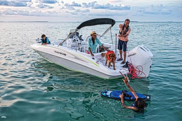 2019 Tahoe boat for sale, model of the boat is 2150 CC & Image # 13 of 33