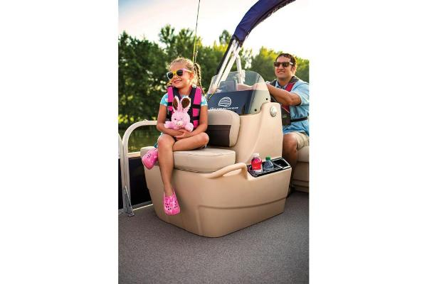 2019 Sun Tracker boat for sale, model of the boat is Bass Buggy 16 DLX & Image # 46 of 46