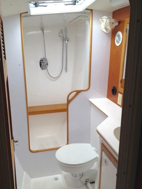 Port Hull Master Head with Separate Shower