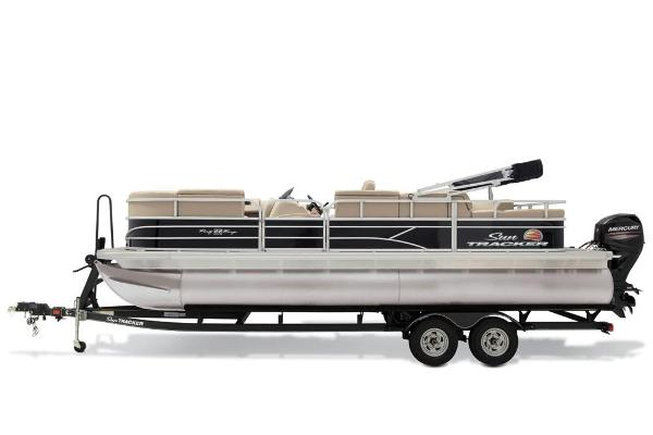 2019 Sun Tracker boat for sale, model of the boat is Party Barge 22 RF DLX & Image # 39 of 56