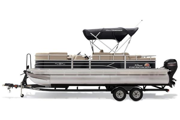 2019 Sun Tracker boat for sale, model of the boat is Party Barge 22 RF DLX & Image # 41 of 56