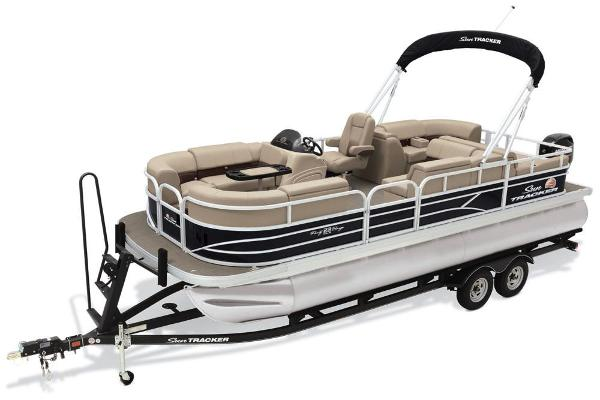 2019 Sun Tracker boat for sale, model of the boat is Party Barge 22 RF DLX & Image # 47 of 56