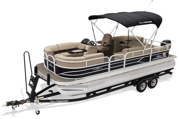 2019 Sun Tracker boat for sale, model of the boat is Party Barge 22 RF DLX & Image # 49 of 56