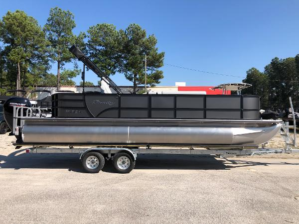 2021 Bentley boat for sale, model of the boat is 243 Fish & Image # 4 of 28
