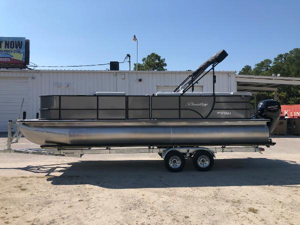 2021 Bentley boat for sale, model of the boat is 243 Fish & Image # 7 of 28
