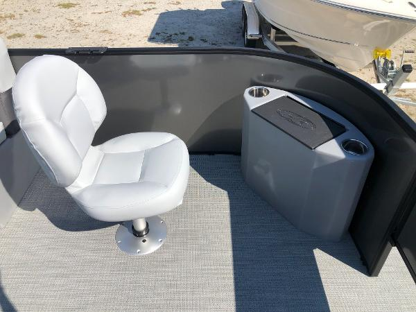 2021 Bentley boat for sale, model of the boat is 243 Fish & Image # 11 of 28