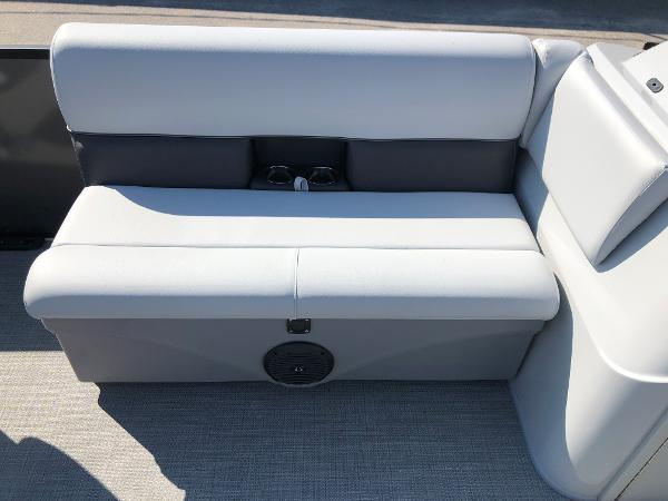 2021 Bentley boat for sale, model of the boat is 243 Fish & Image # 17 of 28