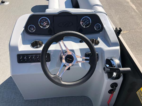 2021 Bentley boat for sale, model of the boat is 243 Fish & Image # 21 of 28