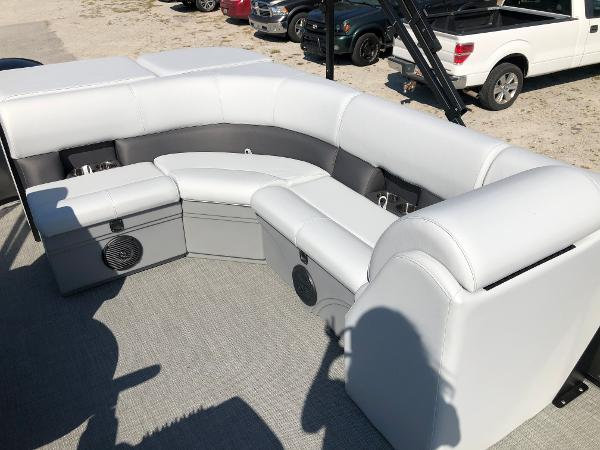 2021 Bentley boat for sale, model of the boat is 243 Fish & Image # 22 of 28