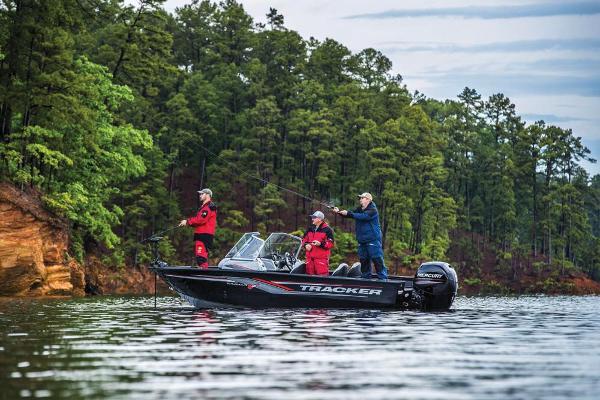 2017 Tracker Boats boat for sale, model of the boat is Targa V-18 WT & Image # 3 of 43