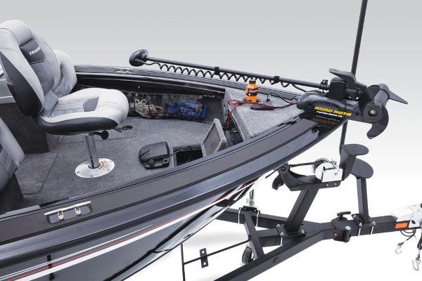 2017 Tracker Boats boat for sale, model of the boat is Targa V-18 WT & Image # 18 of 43