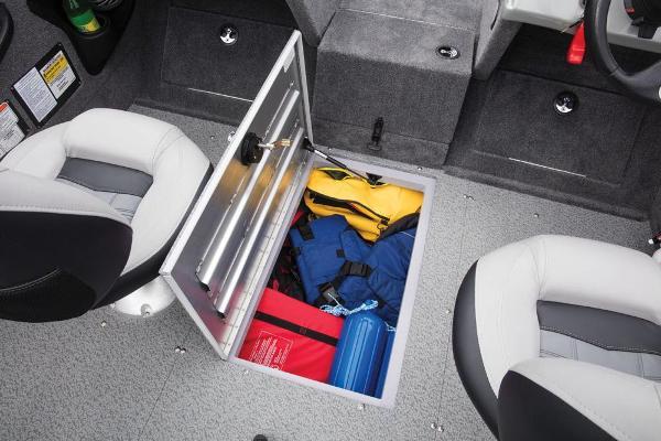 2017 Tracker Boats boat for sale, model of the boat is Targa V-18 WT & Image # 30 of 43