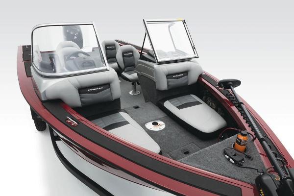 2017 Tracker Boats boat for sale, model of the boat is Targa V-18 WT & Image # 40 of 43