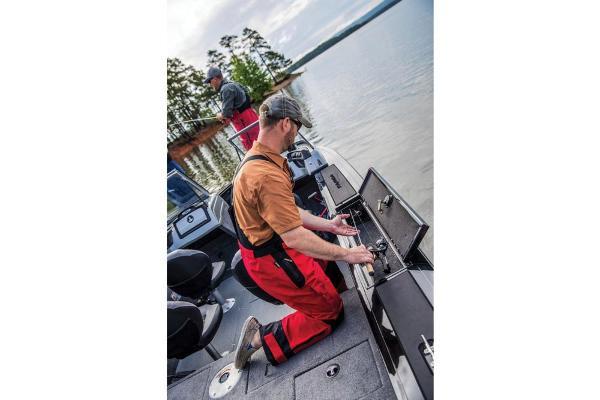 2017 Tracker Boats boat for sale, model of the boat is Targa V-18 WT & Image # 42 of 43