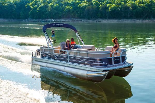 2019 Sun Tracker boat for sale, model of the boat is Party Barge 22 RF XP3 & Image # 7 of 22