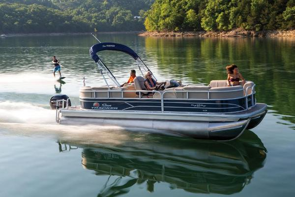 2019 Sun Tracker boat for sale, model of the boat is Party Barge 22 RF XP3 & Image # 9 of 22