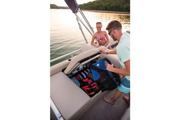 2019 Sun Tracker boat for sale, model of the boat is Party Barge 22 RF XP3 & Image # 19 of 22