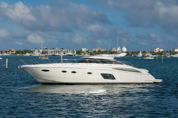 2015 62' Princess V62S Express Yacht