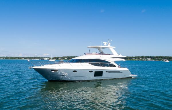 2015 60' Princess Flybridge