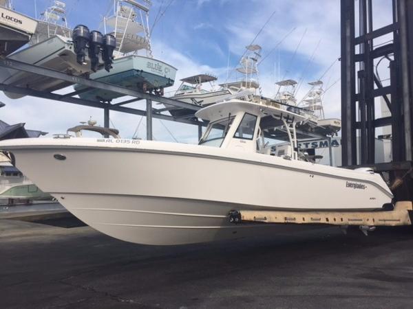 2014 EVERGLADES 325CC for sale