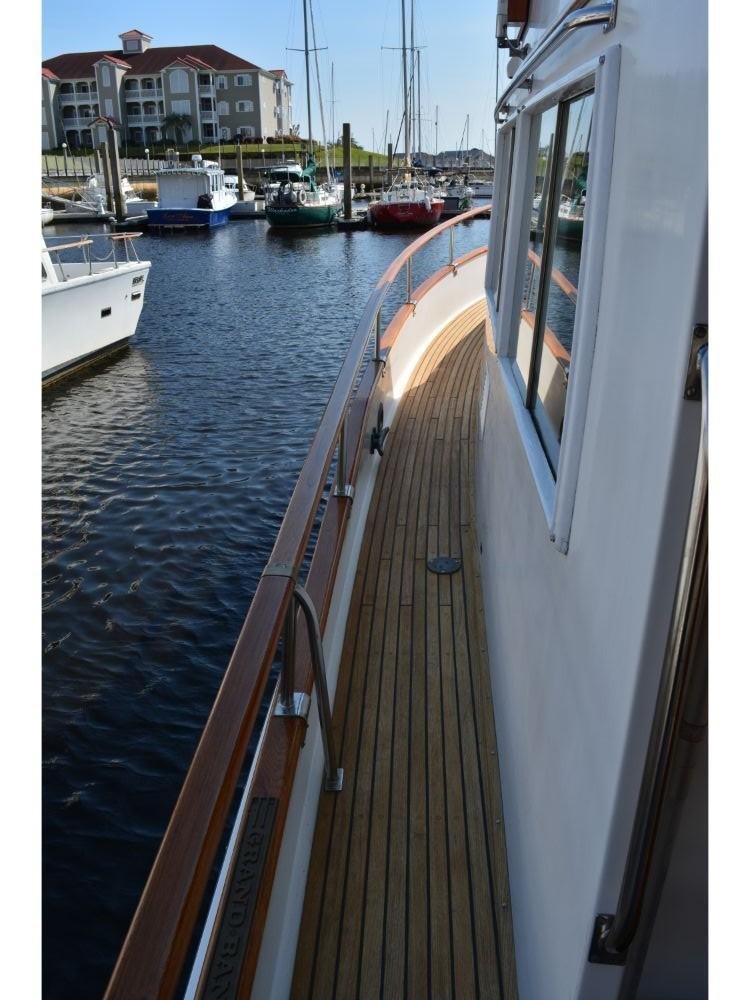 Grand Banks Sedan - Port Side Deck