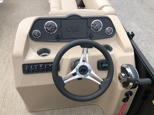 2021 Bentley boat for sale, model of the boat is 243 Fish & Image # 21 of 29